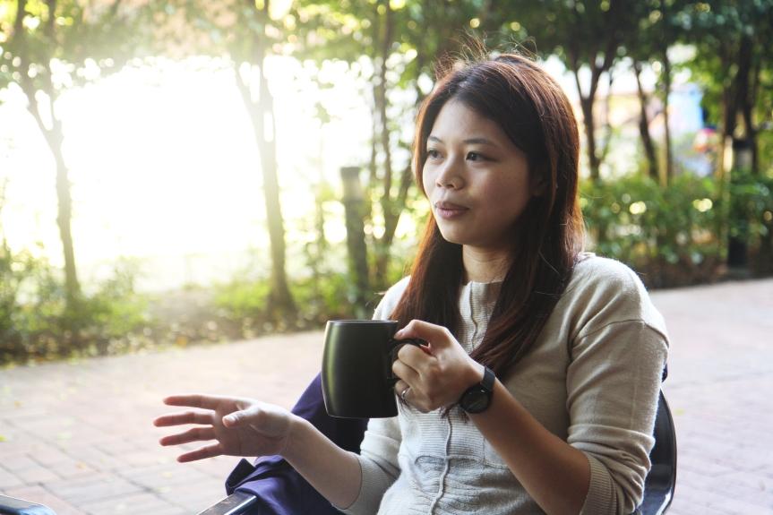 馬不停蹄向前走 挑戰自我極限深度  — 專訪臺藝大藝政所碩士班校友何美吟